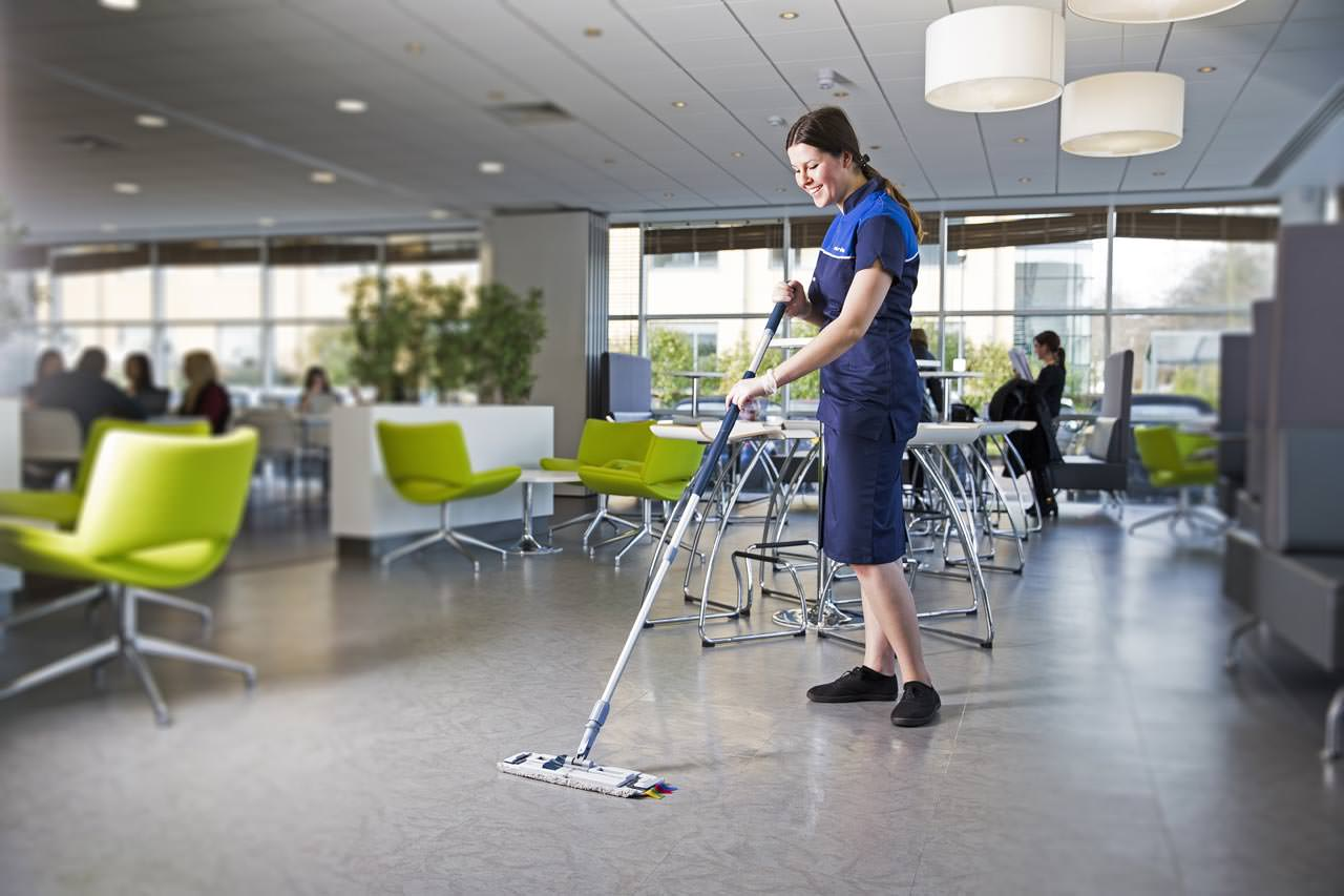 Group Cleaning Services : Cleaning services in the corporate sector a how to guide
