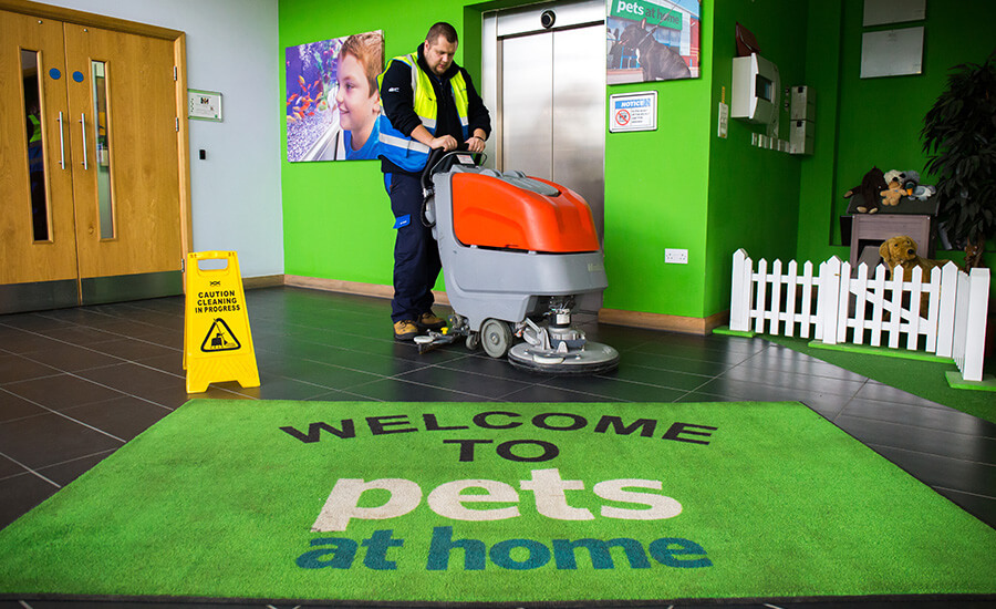 Cleaning services at Pets at Home