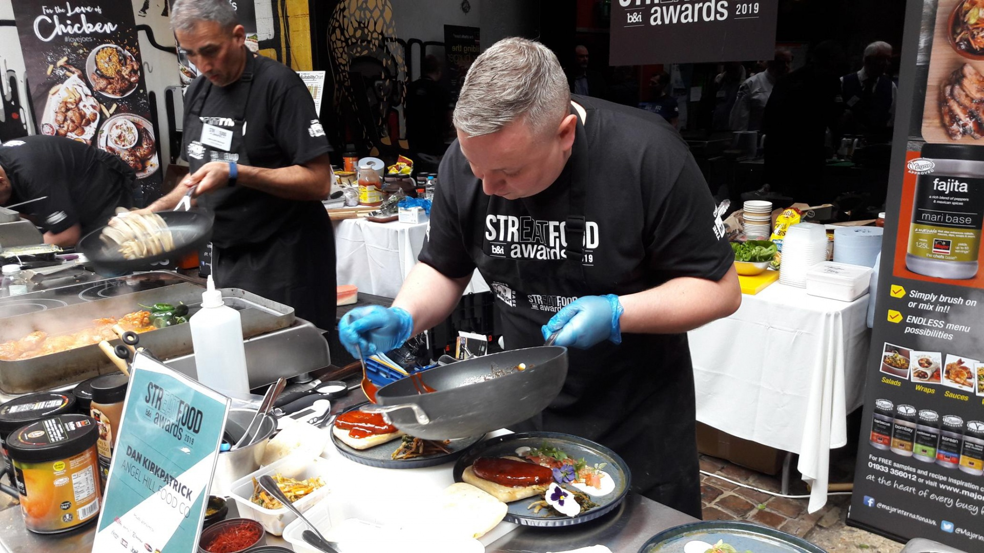Dan Kirkpatrick winning StrEATfood Awards Competition